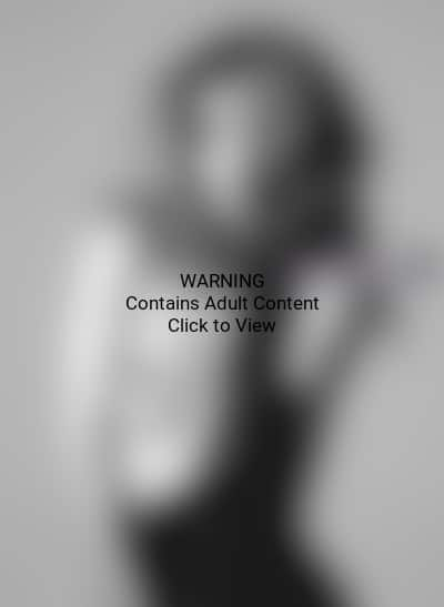 Rosie Huntington-Whiteley Nude Picture