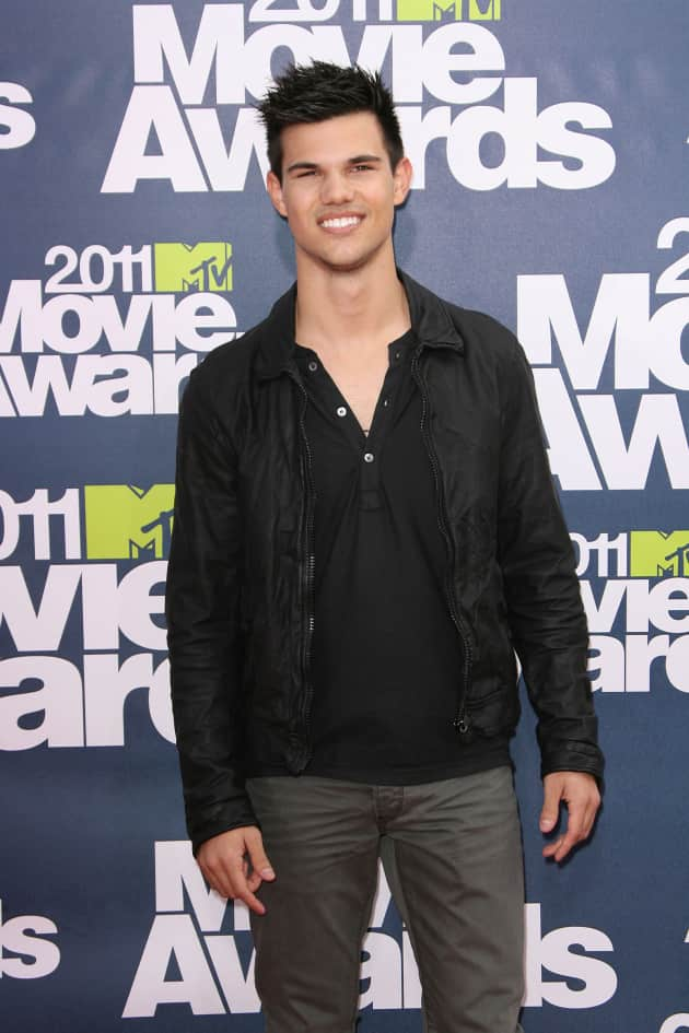 Taylor Lautner at the MTV Movie Awards