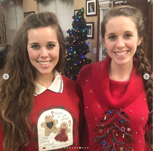 Jill and jessa christmas pic