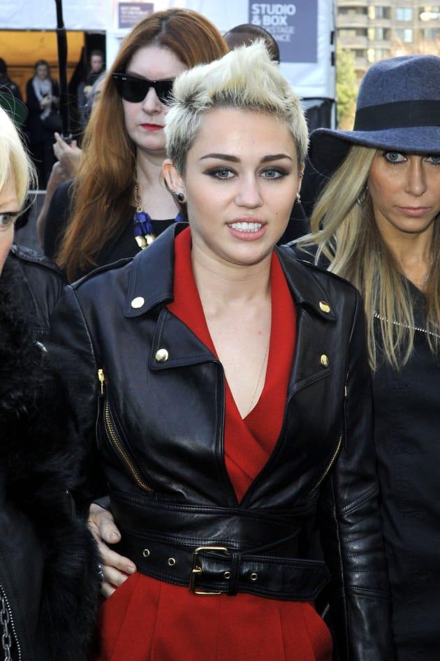 Miley Cyrus, Mixed Hair