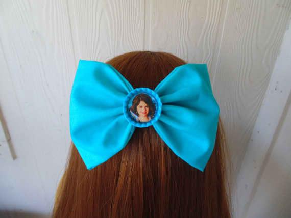 Selena Gomez Hairbow