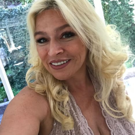 Apologise, beth chapman nude pic right!