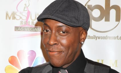 Arsenio Hall SUES Sinead O'Connor: I Was NOT Prince's Drug Dealer!