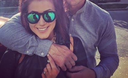 Chelsea Houska Shares Baby Bump Selfie, Pregnancy Update