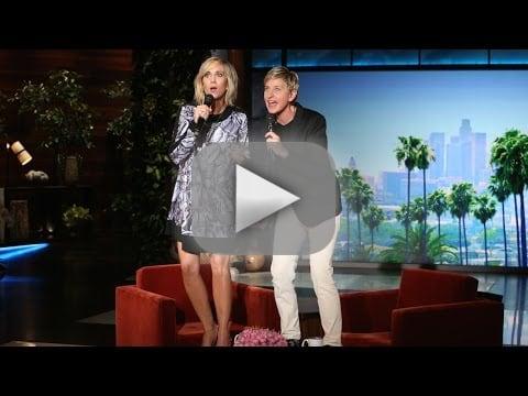 """Kristen Wiig and Ellen DeGeneres Sing """"Let It Go"""""""