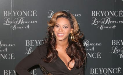 Beyonce Gives Birth to Baby Girl!!