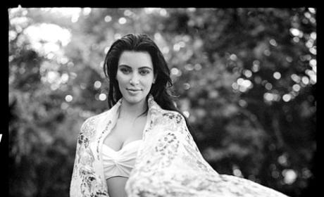 Kim Kardashian Pregnant, Black and White