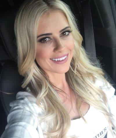 Christina El Moussa Selfie Alert