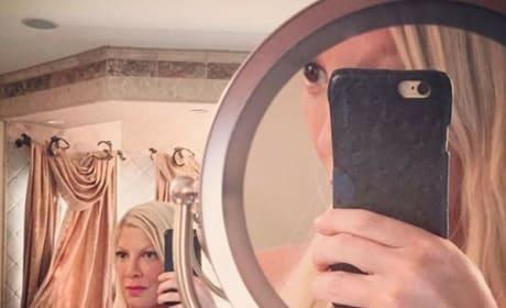 Tori Spelling Topless Photo
