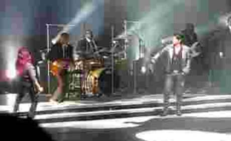 Adam Lambert and Allison Iraheta Duet