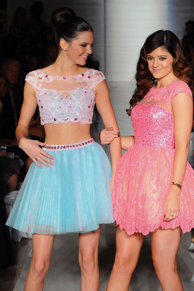 Kendall and Kylie Jenner Image