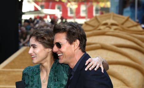Tom Cruise and Sofia Boutella