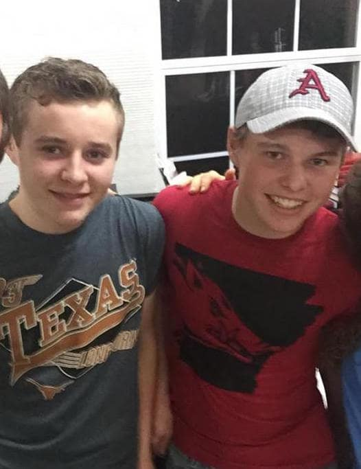 Jedediah and jeremiah duggar photo