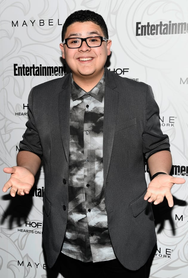 rico rodriguez modern family star mourns late father