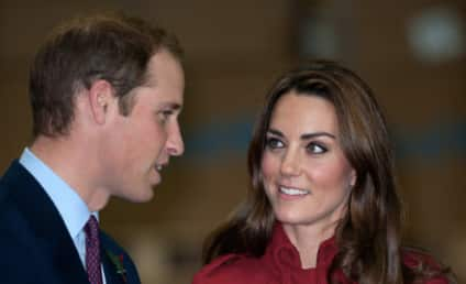Kate Middleton Pregnancy Rumor Mill: Belly Touching Galore!