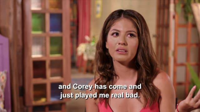Corey l'a dans un coin