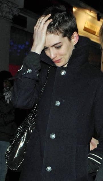 Anne Hathaway, Short Hair