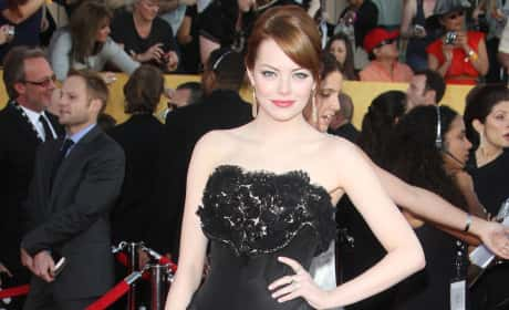 Which actress looked hotter on the SAG Awards red carpet?