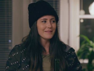 Jenelle evans in a hat