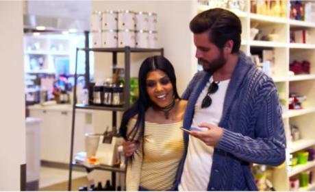 "Kourtney Kardashian: Giving ""False Hope"" to Scott Disick?"
