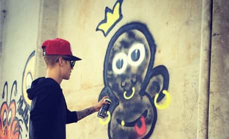 Justin Bieber Monkey Graffiti