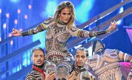 Jennifer Lopez Opens American Music Awards