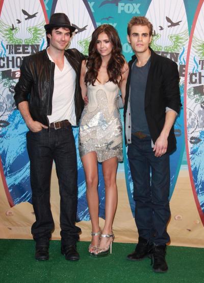 Vampire Diaries Threesome
