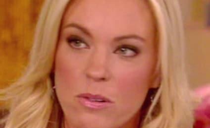 Kate Gosselin Bitch-Slaps Robert Hoffman; Site WIPED of Anti-Kate Posts