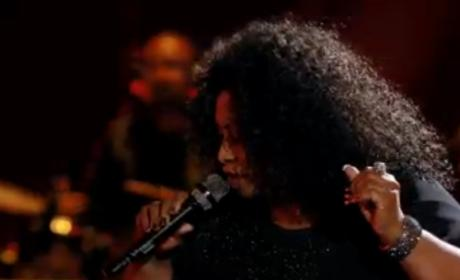 Kim Yarbrough and Whitney Myer - No More Drama (The Voice Battle Round)