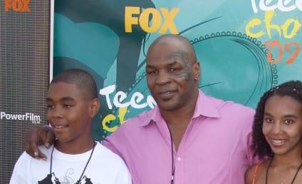 Teen Choice Awards Fashion Face-Off: Levi Johnston vs. Mike Tyson