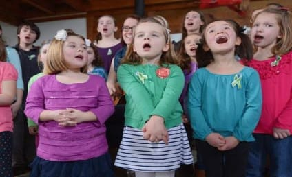 """Sandy Hook Elementary Students Sing """"Over the Rainbow"""""""