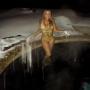 Mariah Carey, Kaley Cuoco & More: Star Sightings 12.28.2015