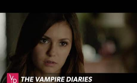 The Vampire Diaries Clip - Selfie Bomb Warning!