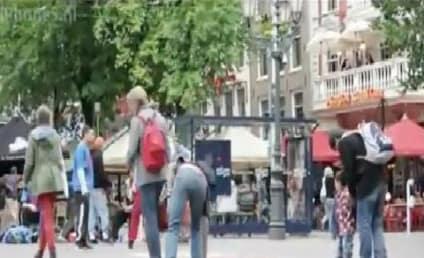 iPhone 5 Prank Confounds Greedy Pedestrians