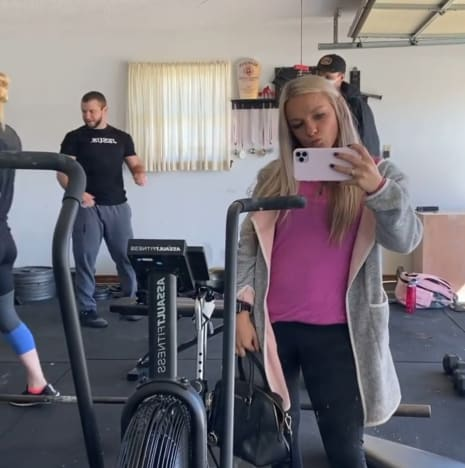 Mackenzie McKee Has a Family Workout