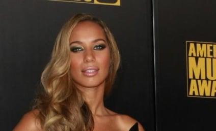 Leona Lewis Gets the Shaft
