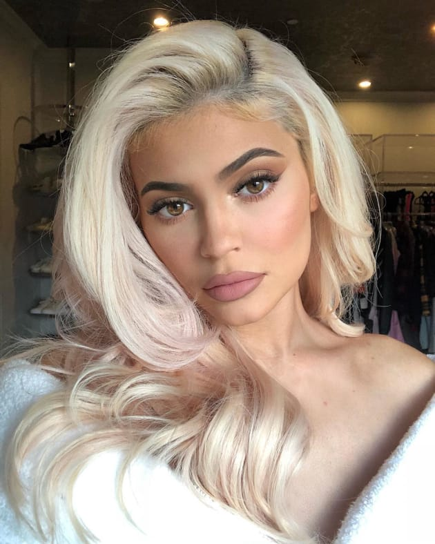 Kylie Jenner With Rose Gold Hair Tips