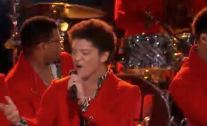"Bruno Mars Finds ""Treasure"" on The Voice"