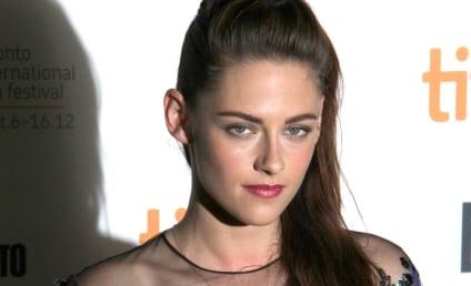 Kristen Stewart Makes First Post-Scandal Public Appearance