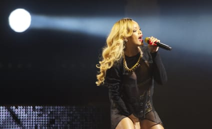 Rihanna Rips Indiana Religious Freedom Law in Profane Live Tirade