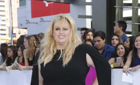Rebel Wilson with a Cape