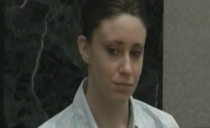 Casey Anthony: Out of Hiding, Spotted at Steak House!