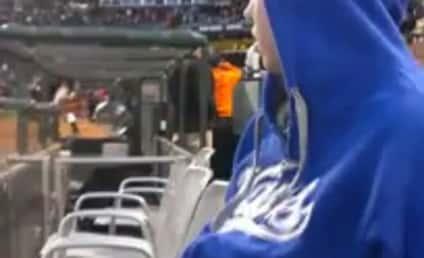Matt Kemp, Dodgers Outfielder, Hands Over Uniform to Sick Fan
