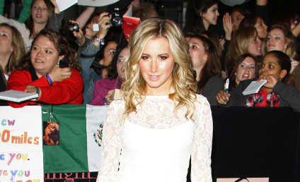 Ashley Tisdale Hair Affair: Blonde or Brunette?