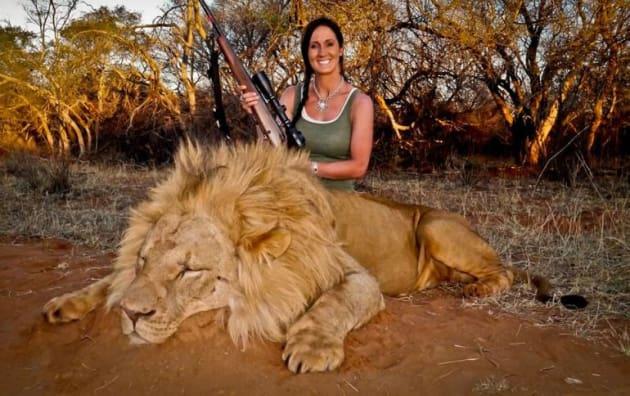 Melissa Bachman, Lion Photo