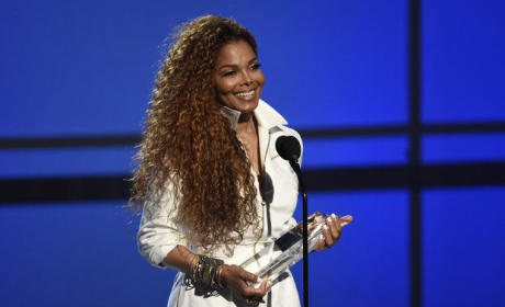 Janet Jackson Accepts BET Ultimate Icon Award
