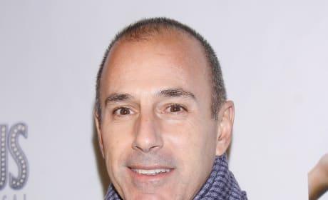 Matt Lauer, Scarf