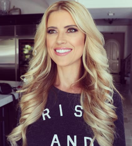 Christina El Moussa Poses