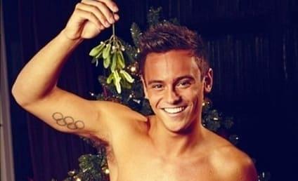 Tom Daley: Shirtless for Christmas!