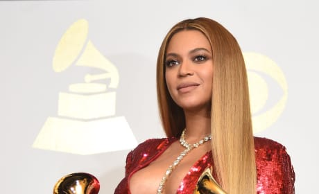 Beyonce, Baby Bump and Grammys